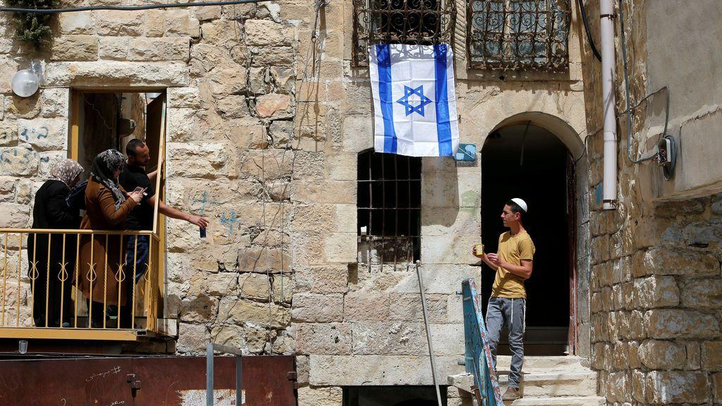 Conversaciones entre vecinos en Cisjordania