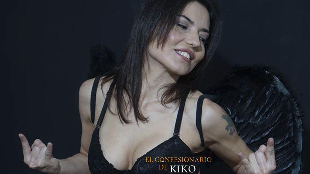 Las polémicas fotos de Mari Cielo Pajares desnuda, atada y amordazada