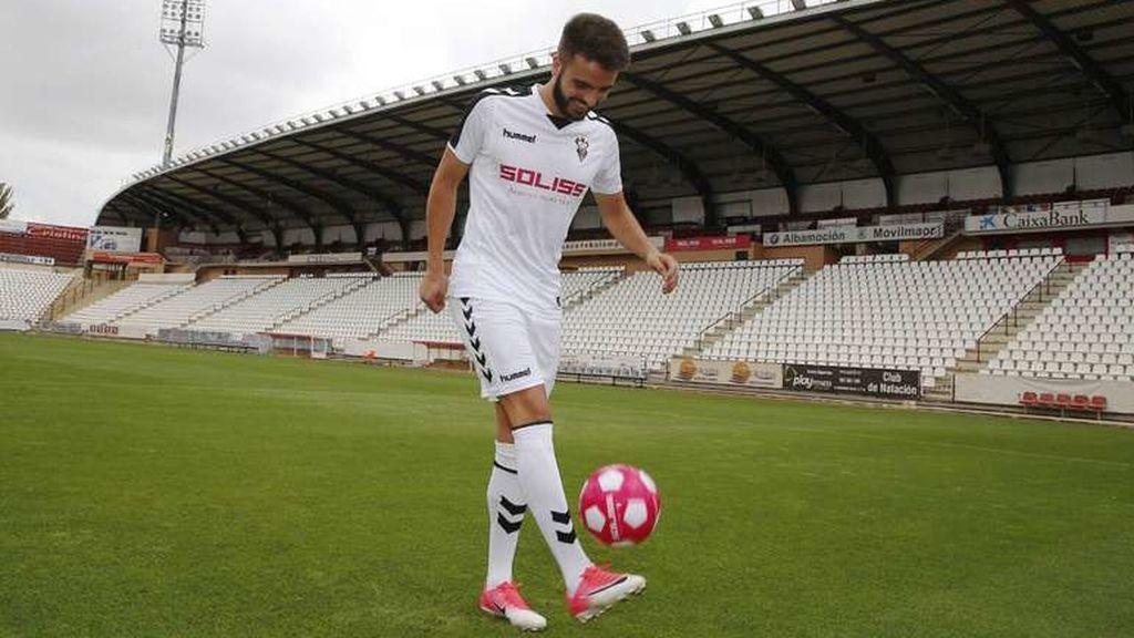 Herido el jugador del Albacete Pelayo Novo tras caer desde el tercer piso de un hotel