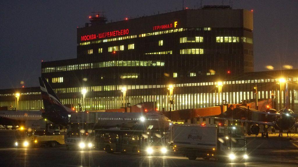 """Rusia tilda de """"provocación"""" el registro en Heathrow de un avión ruso sin aviso previo"""
