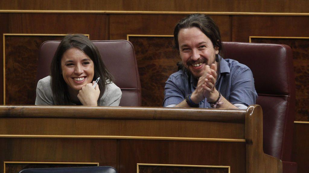 Felicitaciones para Irene Montero y Pablo Iglesias tras el anuncio de que tendrán mellizos