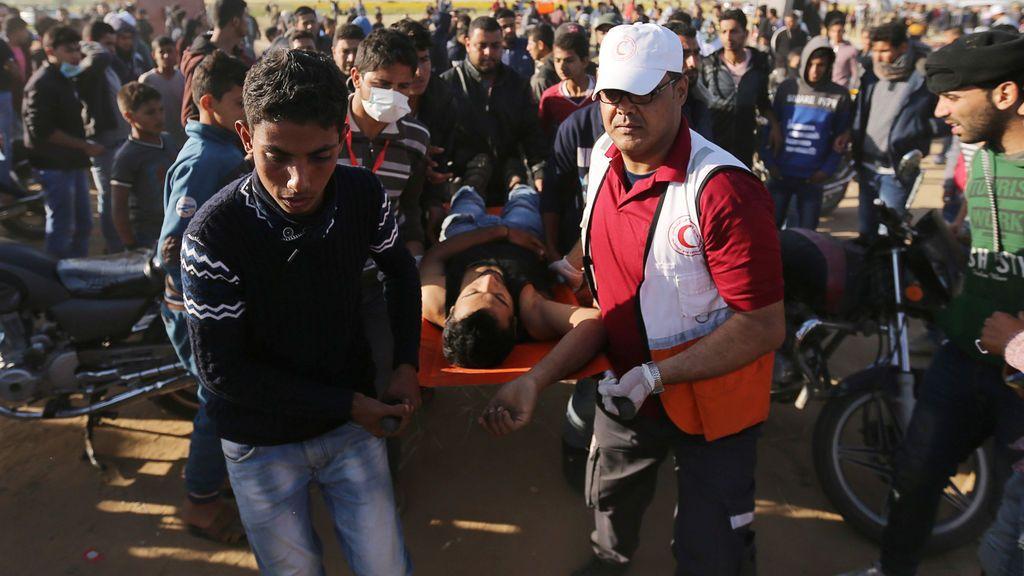 Nuevos enfrentamientos en la frontera de Gaza dejan 13 palestinos heridos