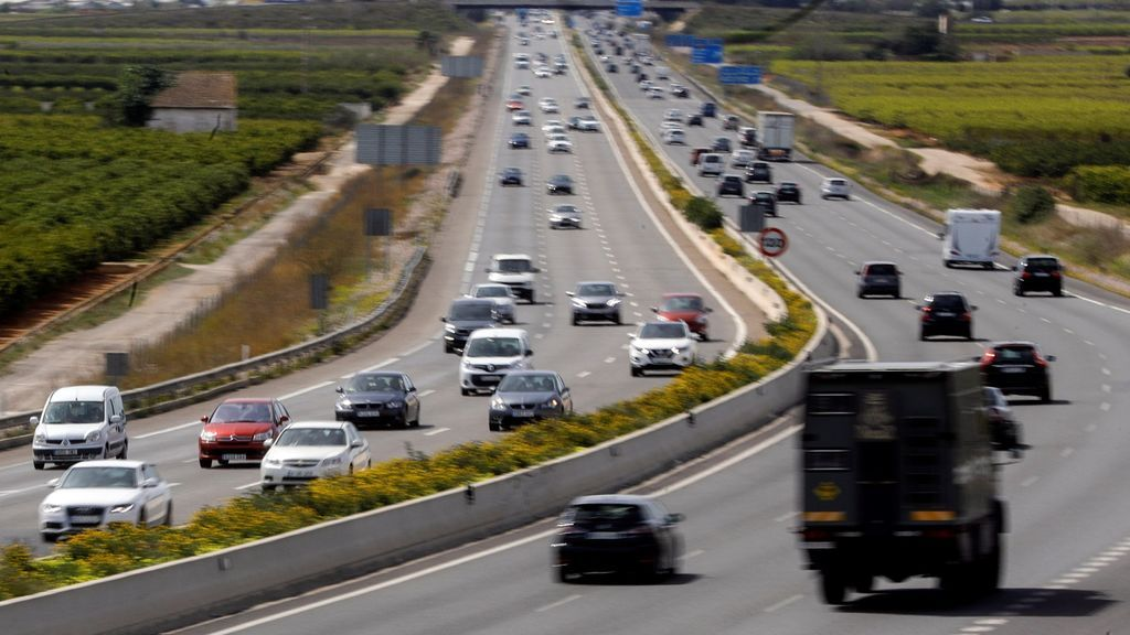 Las entradas a Madrid y el interior peninsular registran las principales retenciones en la Operación Retorno