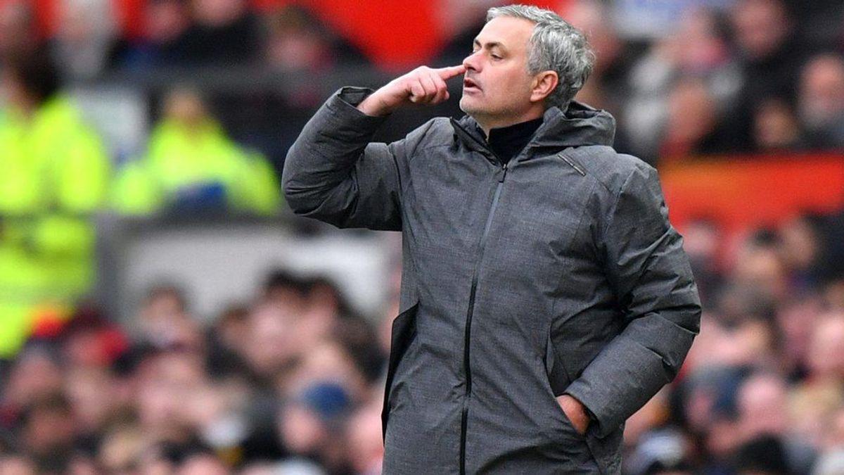 Mourinho 'ficha' a su hijo para el cuerpo técnico del Manchester United