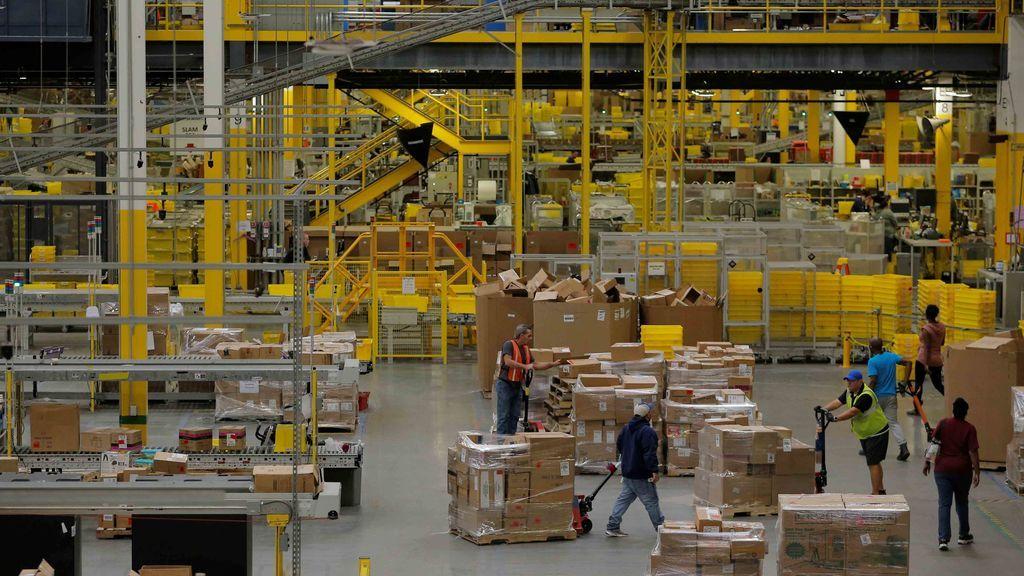 China impone aranceles del 15% al 25% a 128 productos de Estados Unidos
