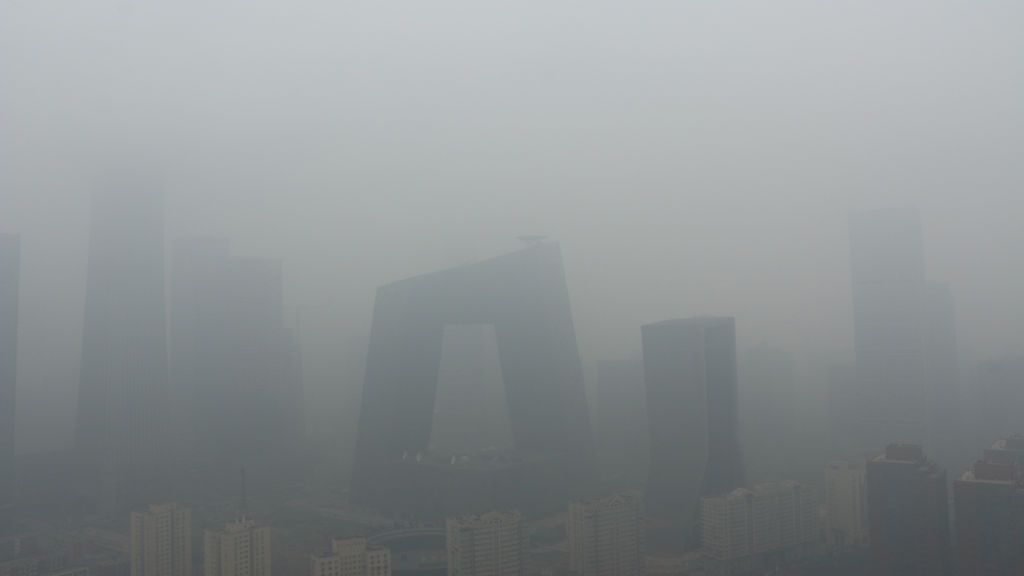 La contaminación nubla China