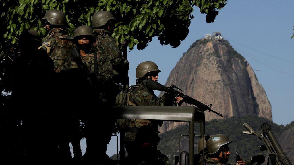 Patrullas de la policía brasileña