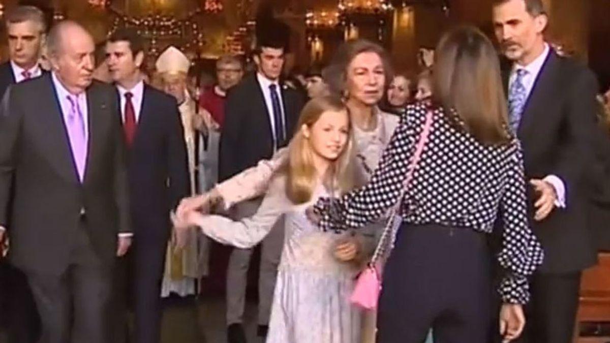 Las mejores teorías sobre el vídeo viral entre Letizia y Sofía