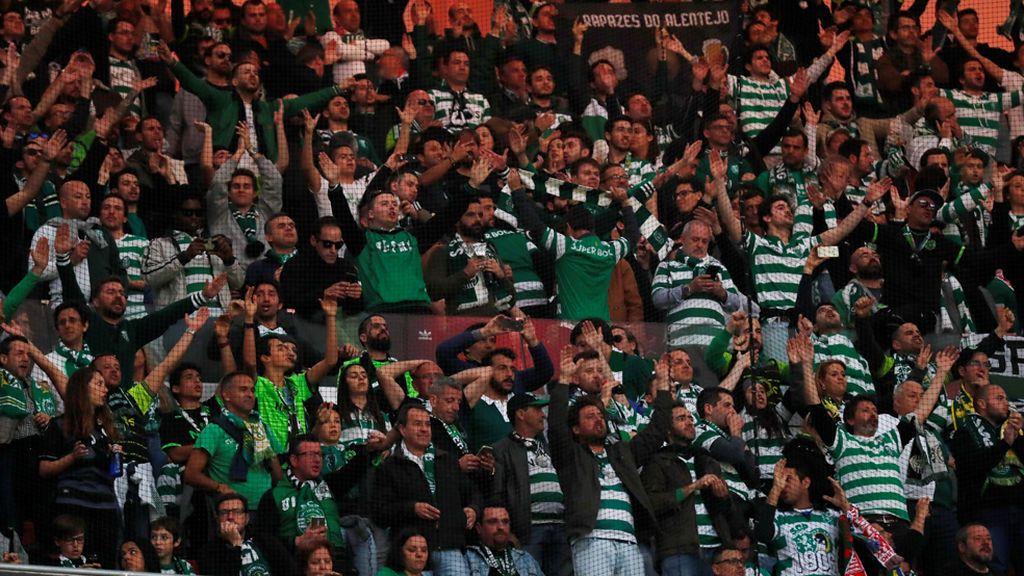 Cinco heridos en los aledaños del Wanda Metropolitano por una pelea entre hinchas del Sporting