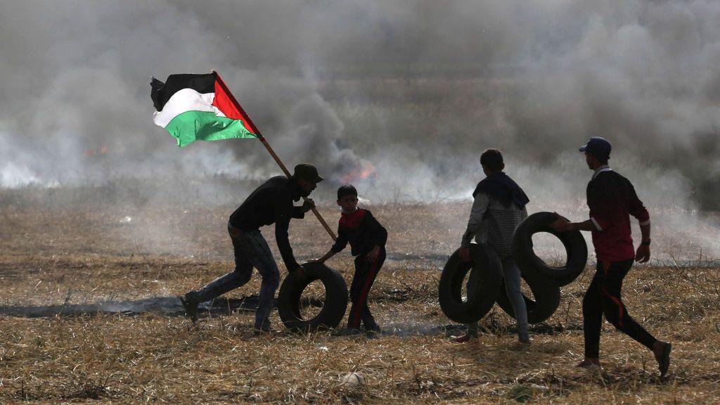 Manifestantes palestinos en la franja de Gaza