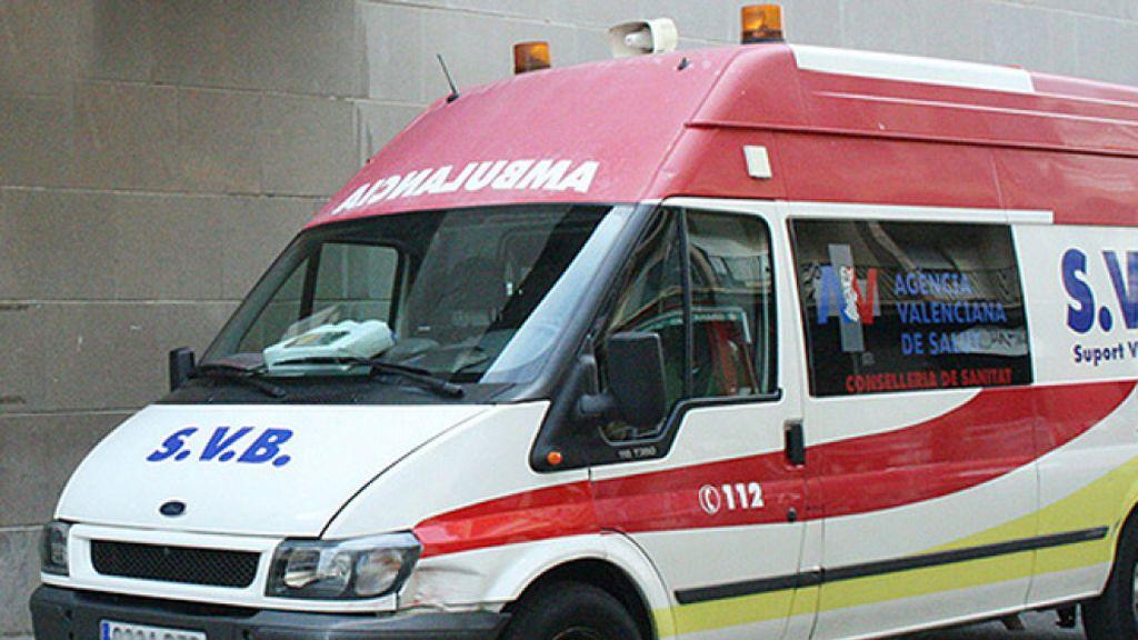 Muere un niño por una parada cardíaca cuando jugaba en una playa de Alicante