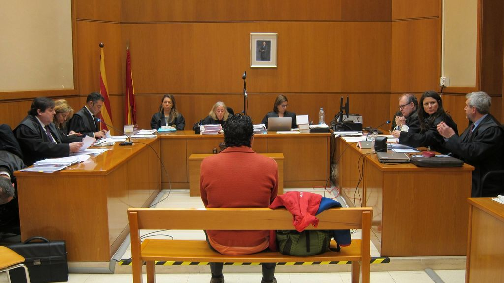 Condenado a 12 años de cárcel por intentar lapidar a un homosexual en Sitges