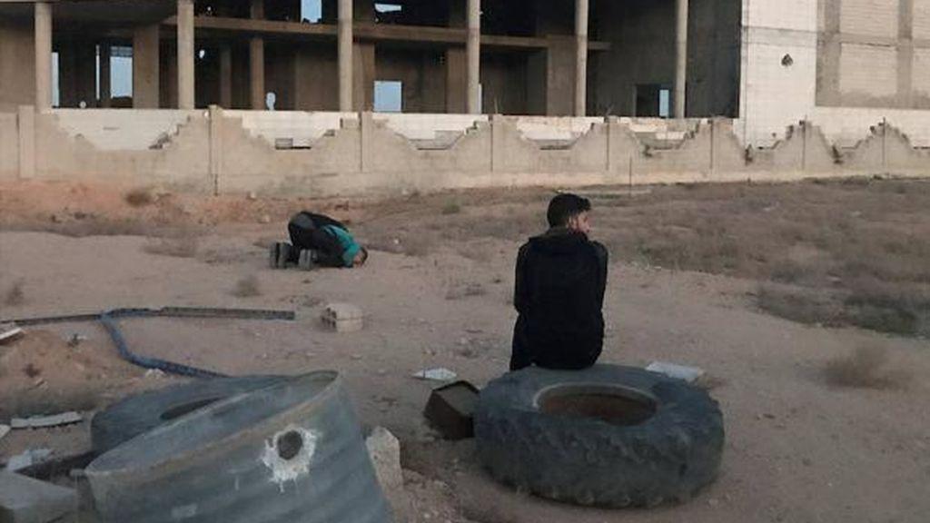 Los rebeldes sirios denuncian que 70 personas han muerto en un ataque químico en Duma