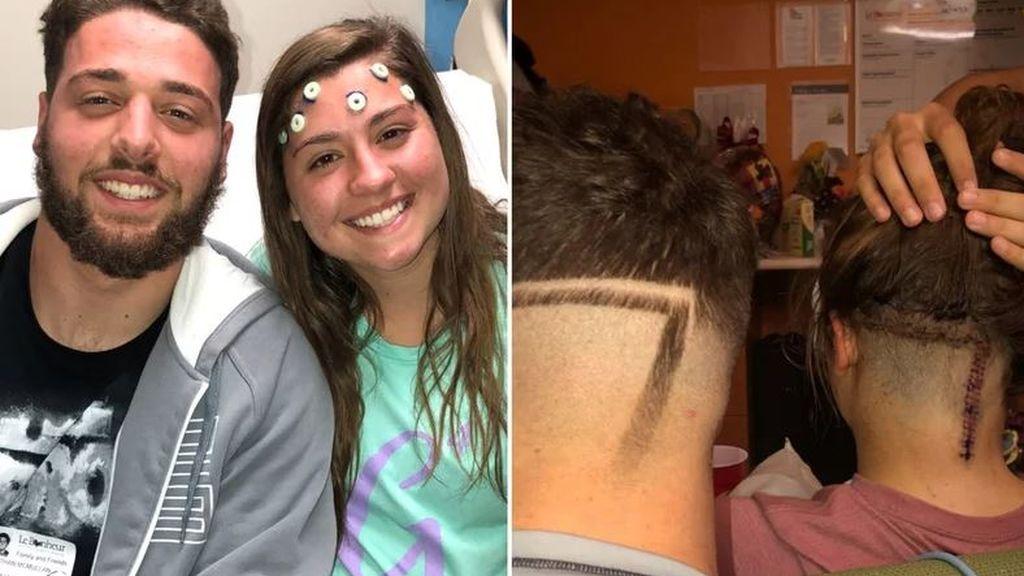 Su hermano mayor se rapa el pelo igual que ella para animarla en su lucha contra el cáncer
