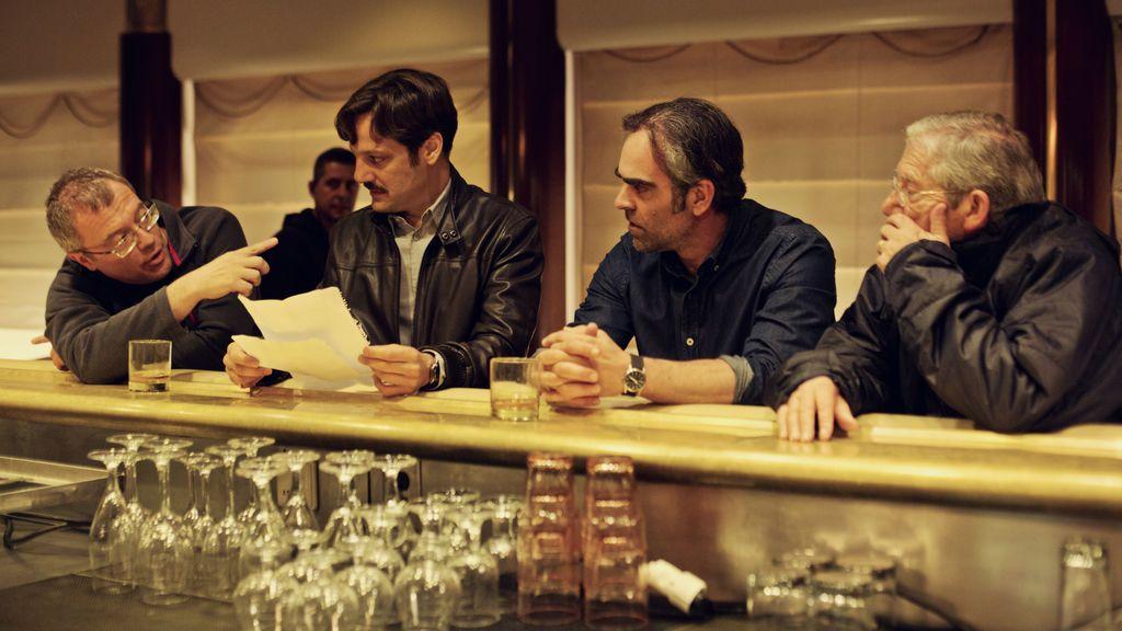 Daniel Monzón, Rodrigo de la Serna, Luis Tosar y Joan Pera, durante el rodaje de 'Yucatán'.