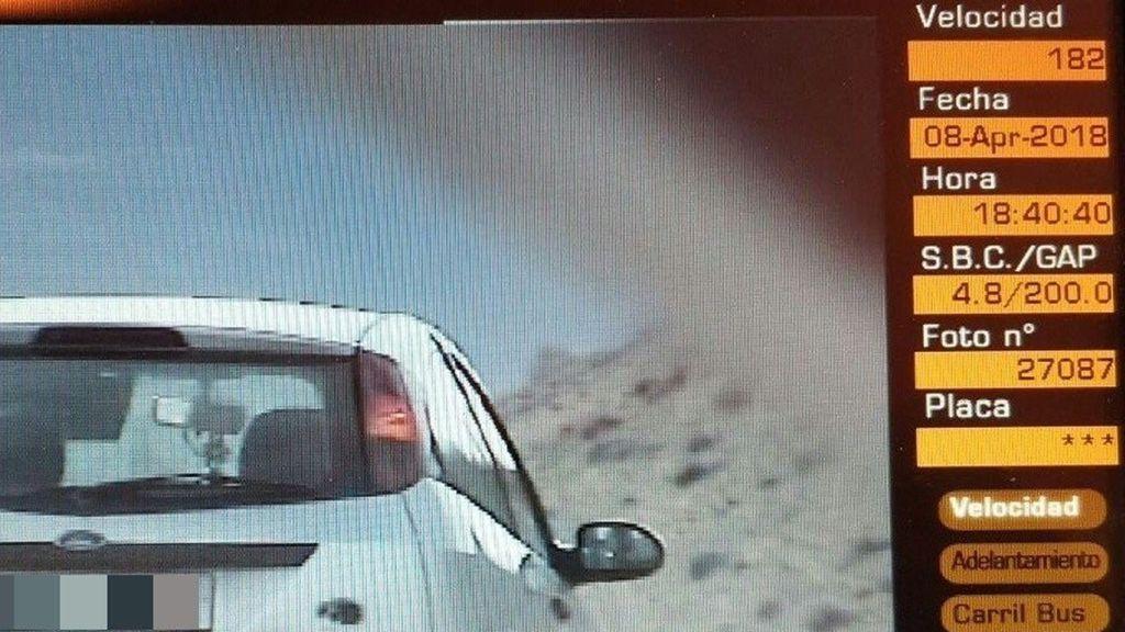 Denunciada una conductora por circular a 182 km/h y dar positivo en tres drogas