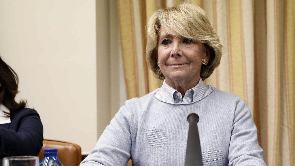 """Aguirre lamenta que no se lleve dimitir sino """"resistir"""" y se alegra de no tener un máster"""