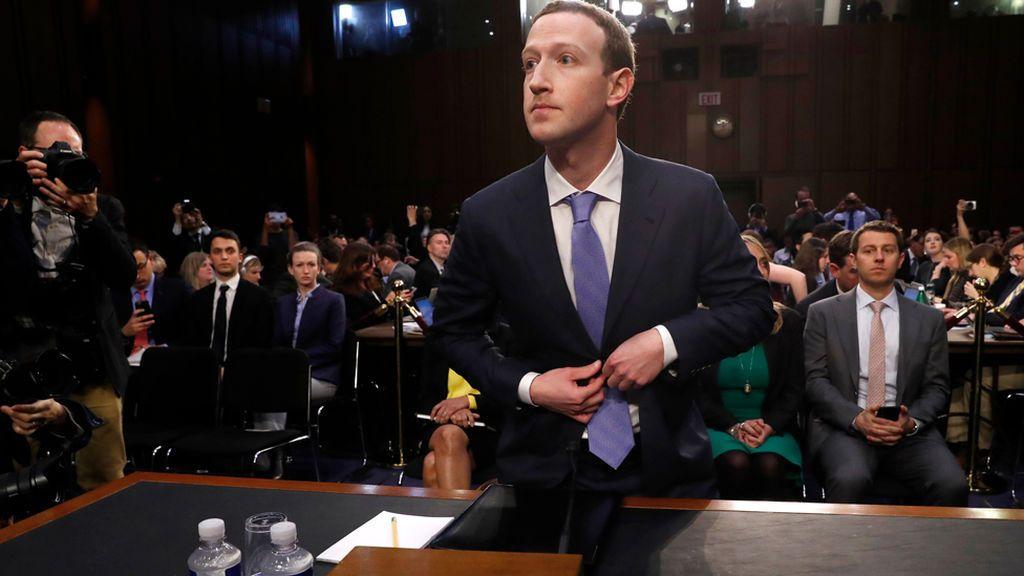 """Zuckerberg afirma que creyeron en la palabra de Cambridge Analytica y eso """"un claro error"""""""