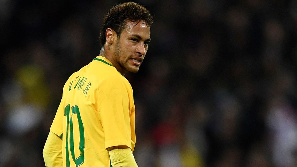 Emery no descarta que Neymar vuelva a jugar con el PSG esta temporada