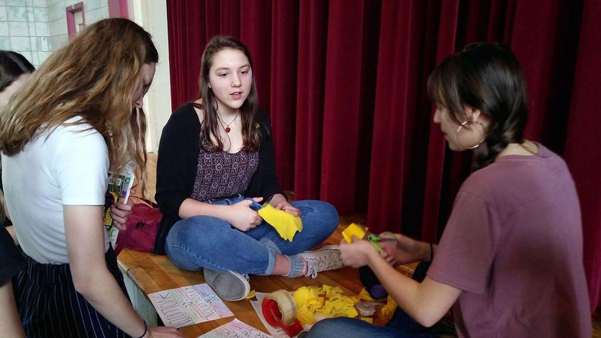 Las adolescentes se plantan: están hartas del código de vestimenta sexista de sus institutos