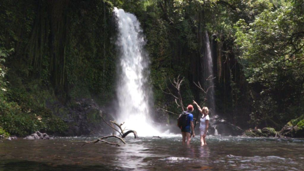 Belén Rueda y Jesús Calleja viajan a Guinea Ecuatorial.