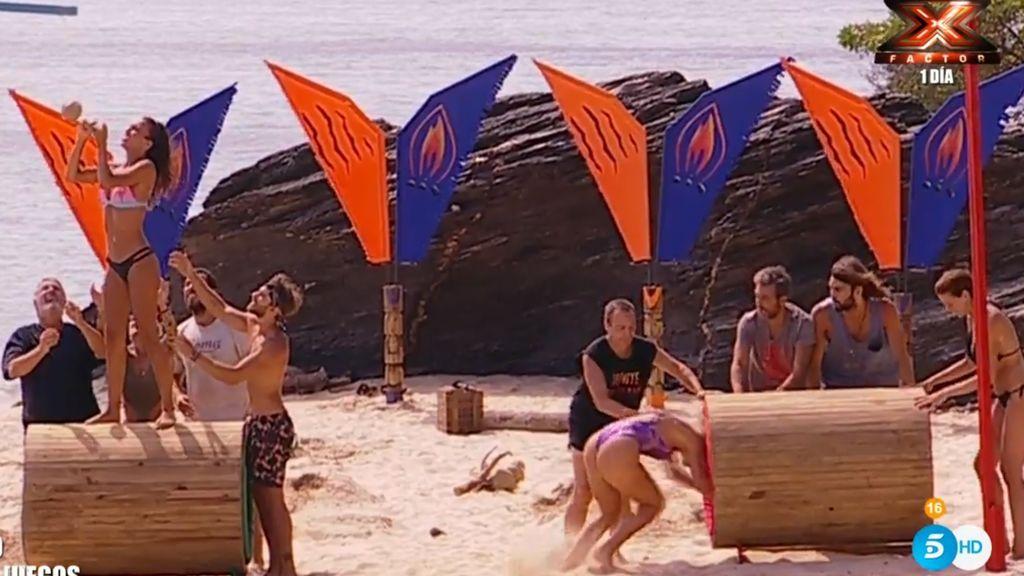 Los concursantes, durante el juego de localización de la gala cinco de 'Supervivientes 2018'.