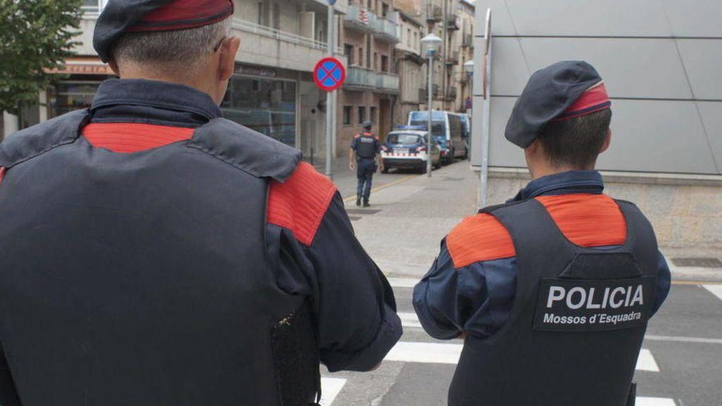 Hallan un cadáver con la cabeza separada del cuerpo en Barcelona