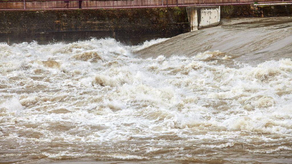 """Activan el protocolo de rescate en el Ebro y resulta ser una broma """"pesada"""""""