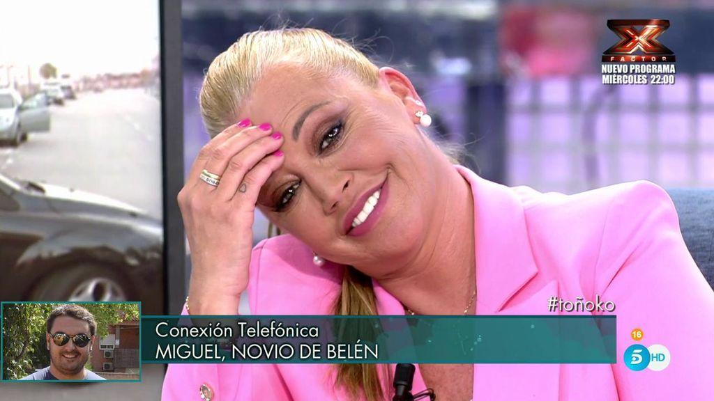 """Miguel sorprende en directo, emociona a Belén y el público grita """"¡boda, boda!"""""""