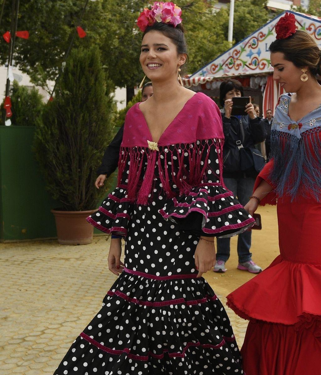 Tana Rivera celebró vestida de flamenca su primera Feria como mayor de edad