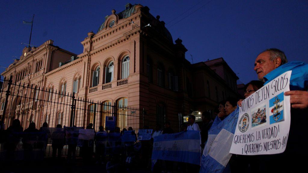 Familiares del ARA San Juan frente a la Casa Rosada