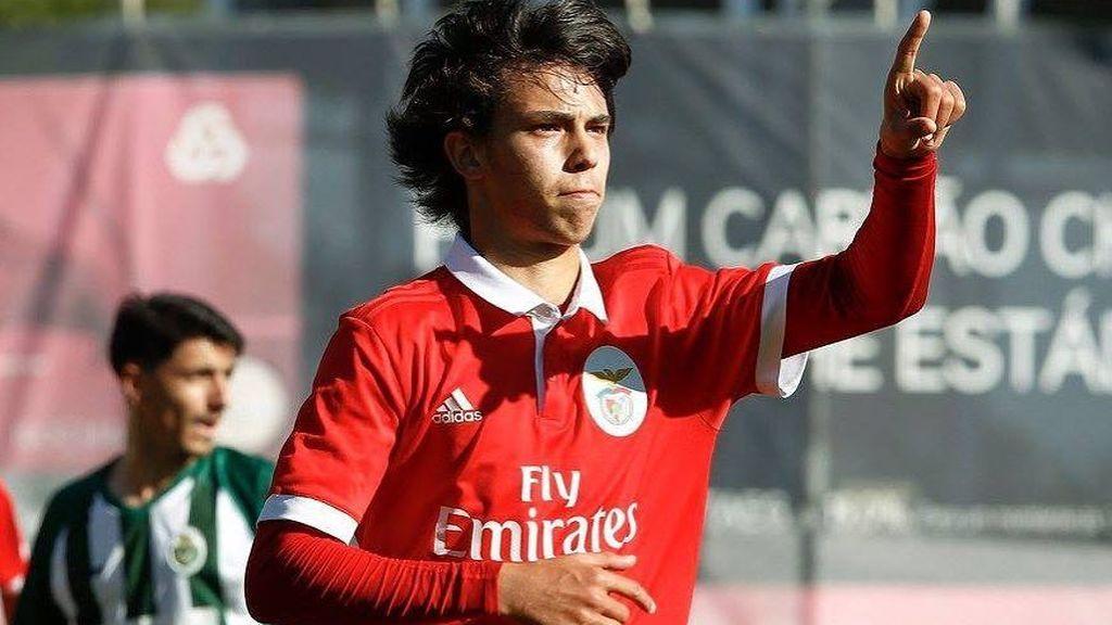 Tiene 18 años y todavía no ha debutado en Primera pero tiene una cláusula de 60 millones de euros