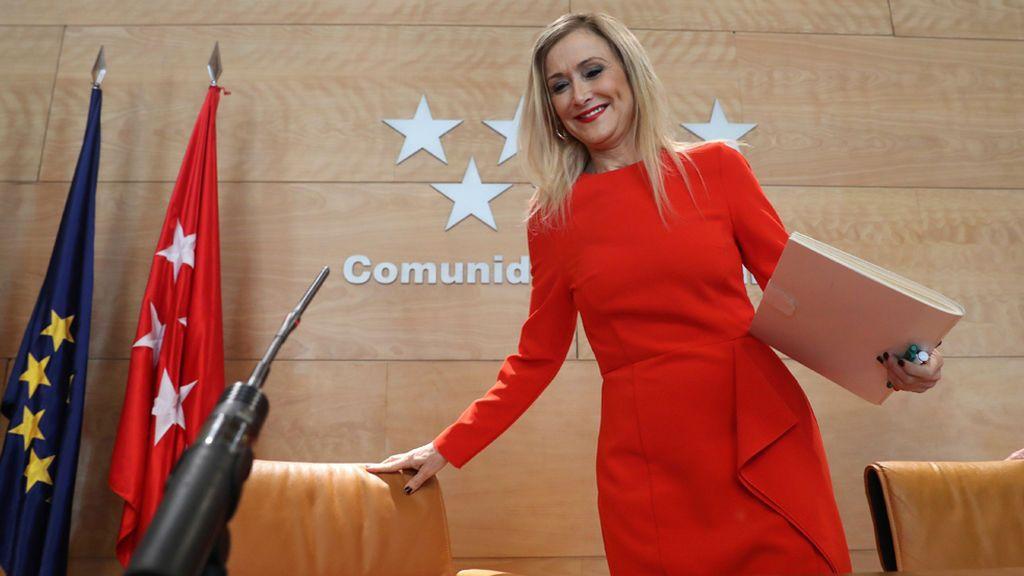 ¿Puede Cristina Cifuentes renunciar al título de su máster?