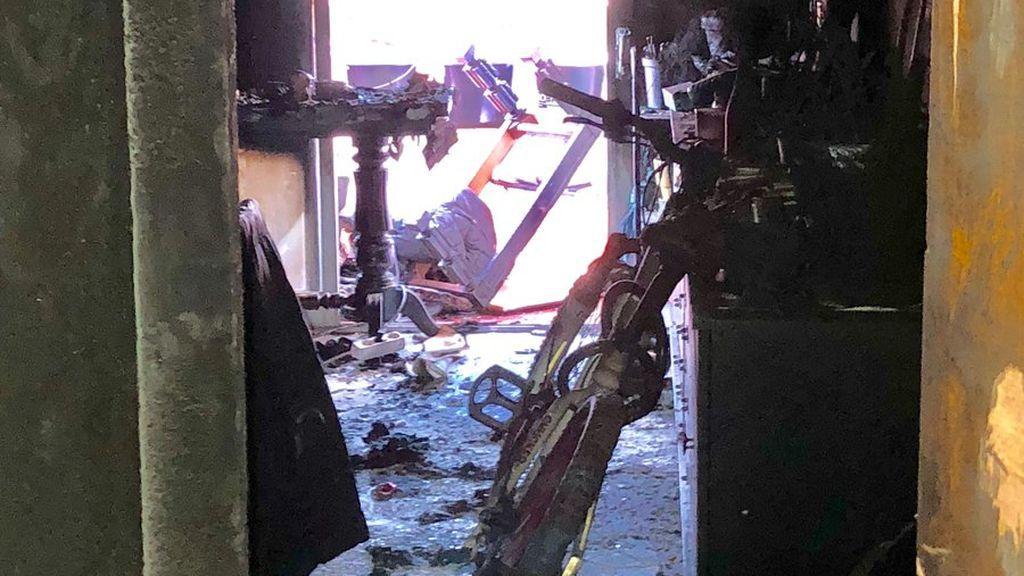 Un herido grave por quemaduras en el incendio de una vivienda en Alcorcón