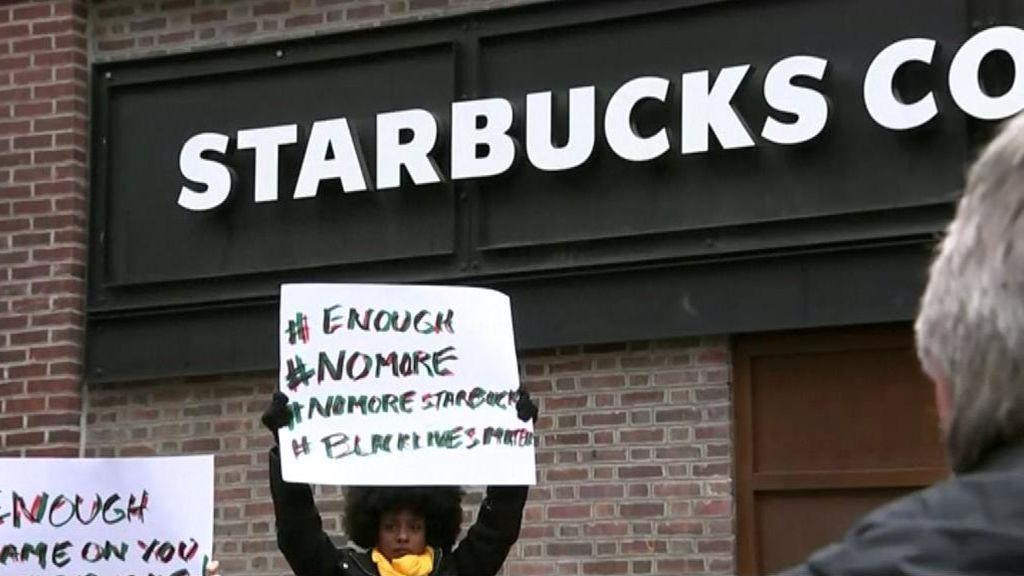 Starbucks perderá más de 20 millones de dólares para lavar su imagen