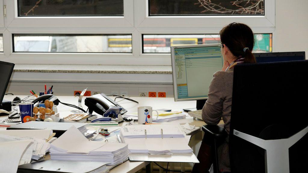 """La vergonzosa oferta de trabajo: 3.200 euros al mes por ser secretaria """"con relaciones esporádicas"""""""