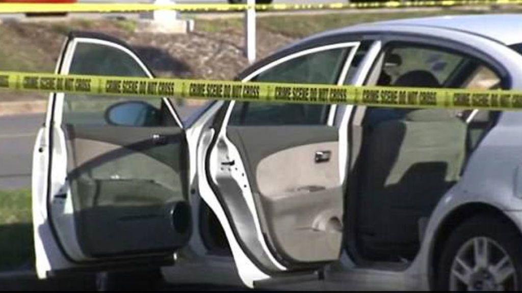 Una niña de 3 años dispara  con la pistola del padre a su madre embarazada