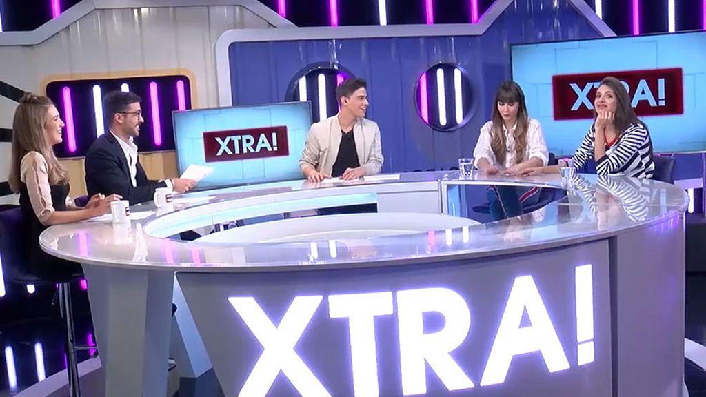 Leticia Larraz, Álvaro Berro y Antonio LLeida, durante la entrevista a Aitana Ocaña y Ana Guerra en XTRA!