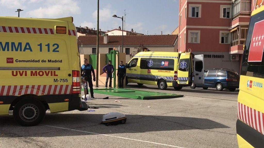 Herida muy grave una conserje en Madrid al caerle encima una puerta de hierro de unos 300 kilos