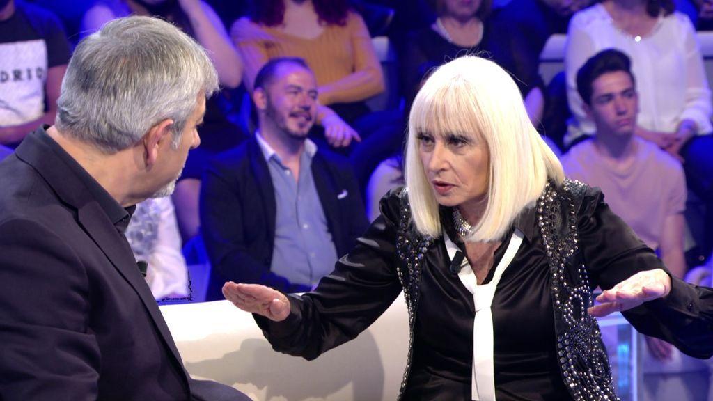 """La anecdótica entrevista de Raffaella Carrà a la Madre Teresa de Calcuta: """"Debió pensar que estaba loca"""""""