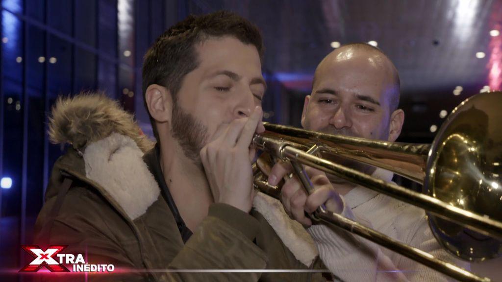 """¡Inédito! """"Tromboneitor"""" no conquista al jurado, pero consigue que Nando Escribano toque el trombón"""
