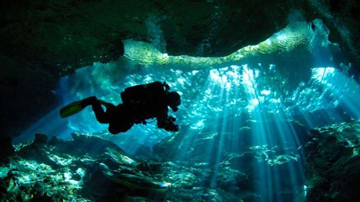 Cenotes: en busca del Chac Mool