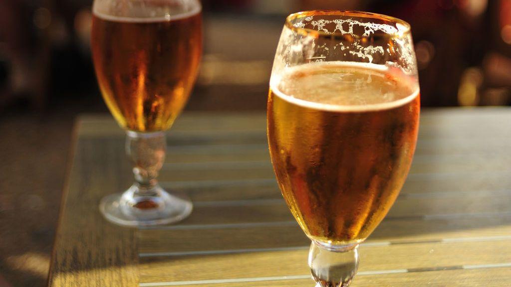 Confirman que la ingesta moderada de cerveza reduce la mortalidad por enfermedades cardiovasculares