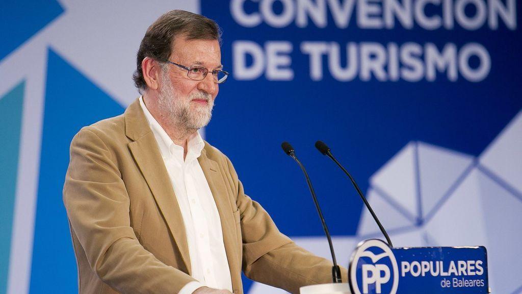 """Rajoy asegura estar haciendo """"todo lo posible"""" para recuperar la """"normalidad y sensatez"""" en Cataluña"""