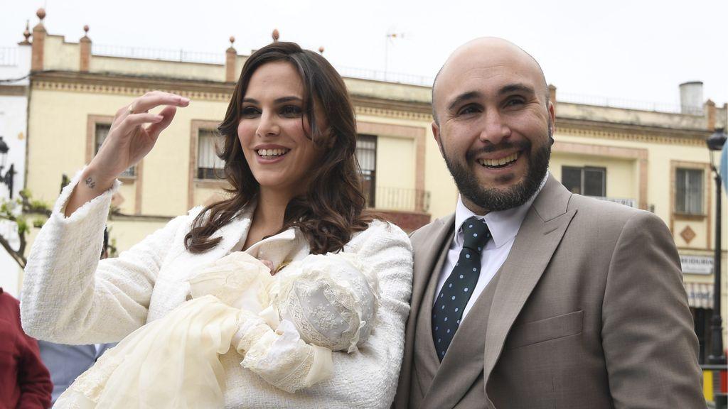 Isabel Pantoja, Raquel Bollo, Luis Rollán... Vips en el bautizo de Carlota Rivera Rosales
