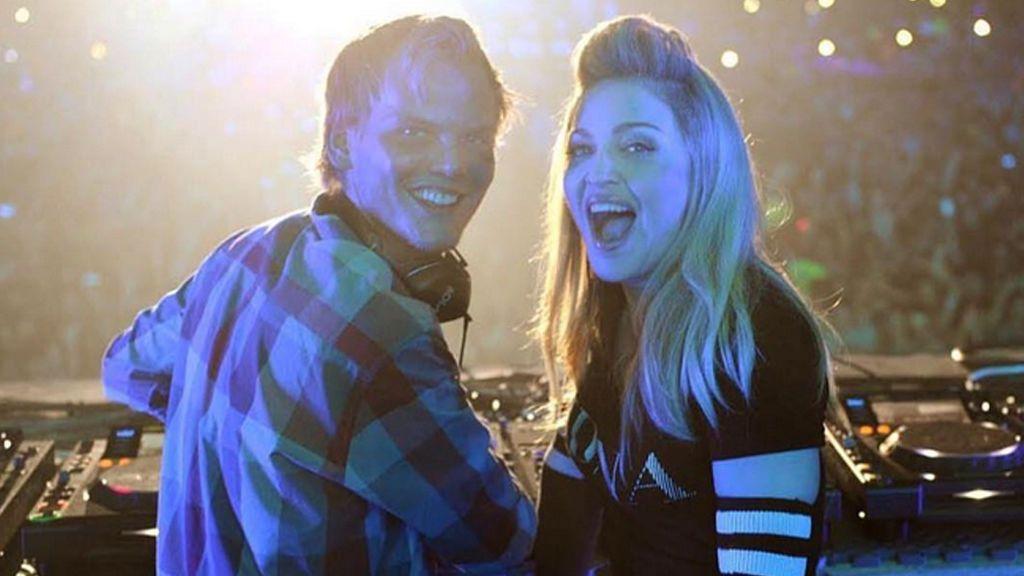 Cantantes y personalidades del mundo de la cultura despiden a Avicii en la Red