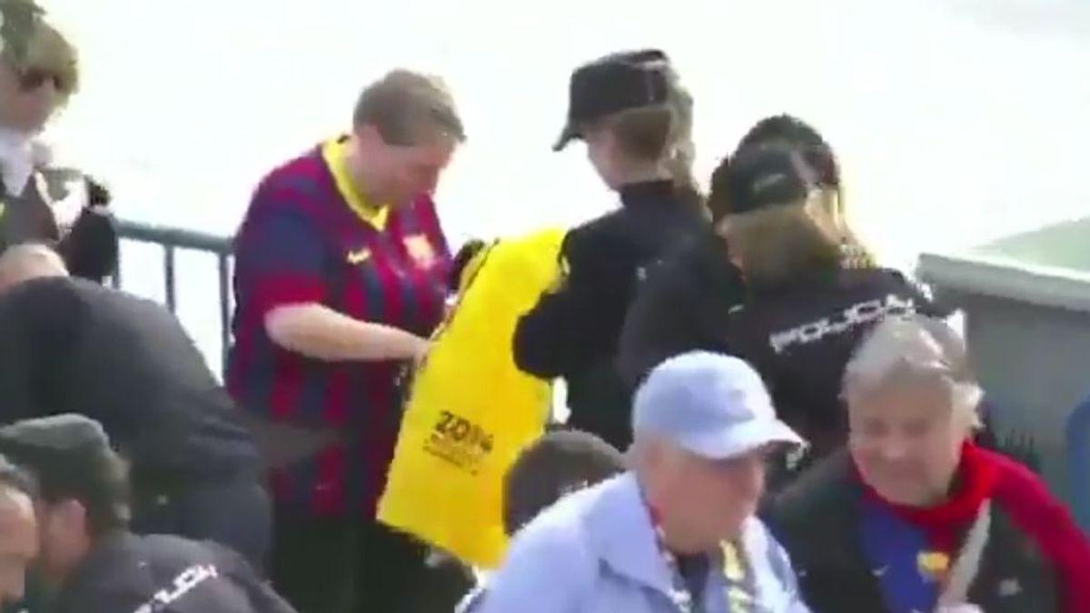 La Policía Nacional requisa camisetas amarillas y pancartas políticas antes de la final de la Copa del Rey