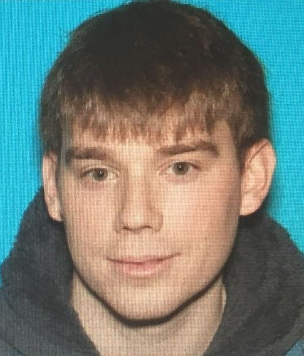 Un hombre desnudo mata a tiros a tres personas y hiere a cuatro en Tennessee