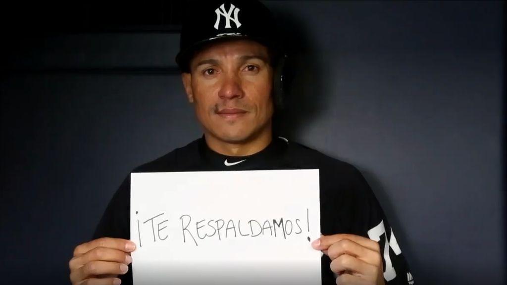 """""""No estás sola"""": el emotivo mensaje de los Yankees de béisbol a un niña de 10 años que sufre bullying"""