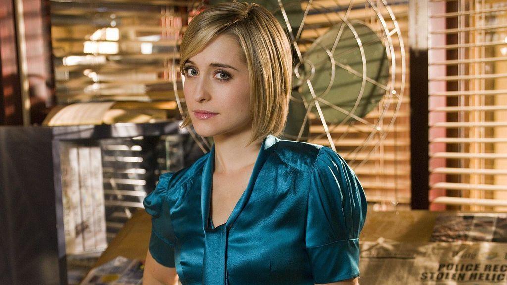 Allison Mack, en el papel de Chloe Sullivan en la octava temporada de 'Smallville'.